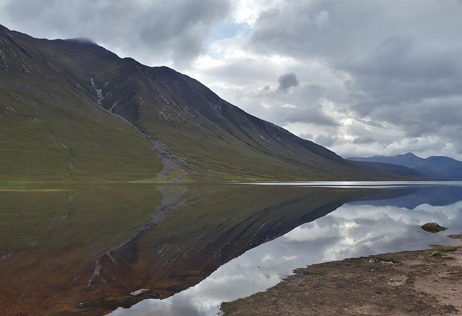 האגם בסוף מסלול הנסיעה